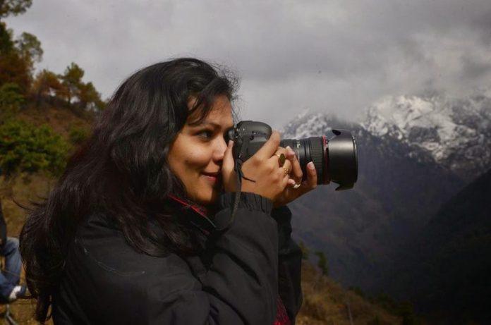 Photographer-2-960x636