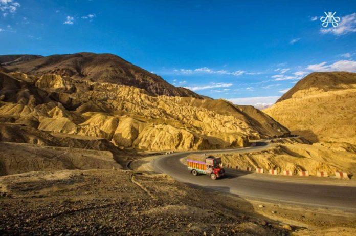 Moonland-Ladakh-960x636
