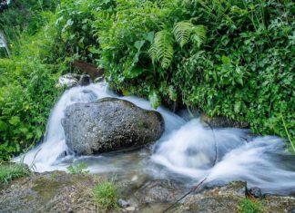 Himalayas_waterfall_jibhi_-tirthan-valley