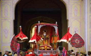 Teej-Mata-Sawari-Teej-Jaipur-Kaynat-Kazi-Photography-960x636