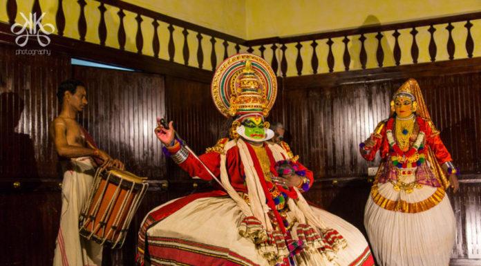 Kathakali-centre-Kochin-Kerala-KaynatKazi-Photography-2016-18-of-35-960x636