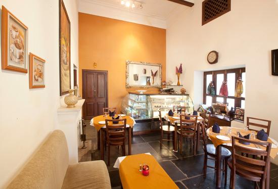 Property-review-1559-AD-Restaurant-Udaipur-www.rahagiri.com-5
