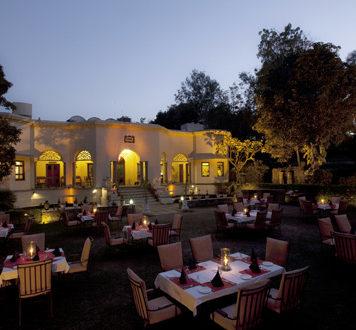 Property-review-1559-AD-Restaurant-Udaipur-www.rahagiri.com_