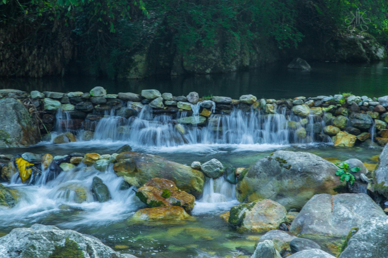 KaynatKazi_photograph_Himalayas_waterfall_jibhi_-1_2015