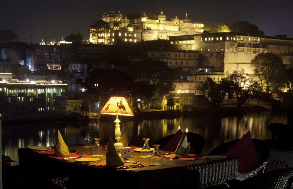 Property-review-UPRE-Restaurant-Udaipur-www.rahagiri.com_