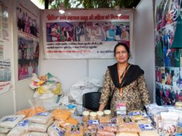 -women empowermentFemale Articians of Rural India-©Kaynat Kazi Photography-www.rahagiri.com (16 of 27)