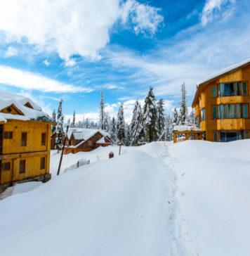 Snowfall-Gulmarg-2017-©Kaynat Kazi Photography-www.rahagiri.com (8 of 23)